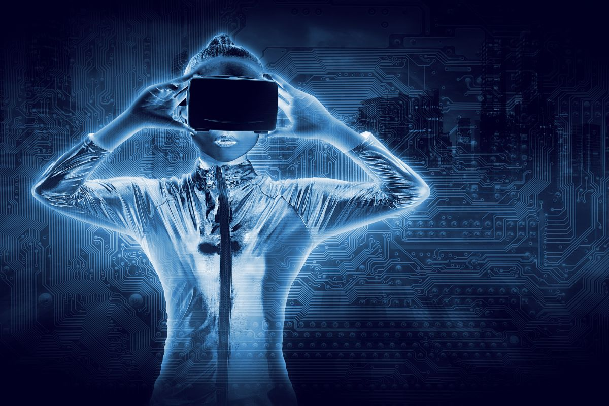 Woman in latex using VR with cybernetic background